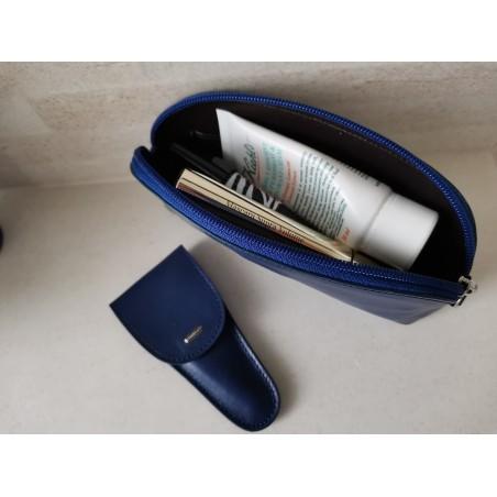 Kosmetická taštička s manikúrou 2v1